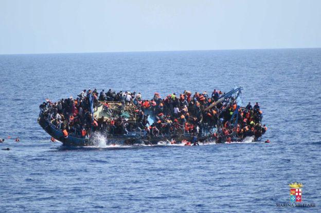 Four illegal immigrants die as boat sinks off western Turkey