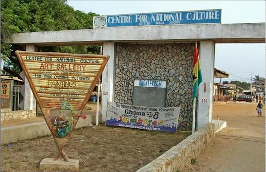 Art Centre traders disappointed in gov't over plans to relocate them