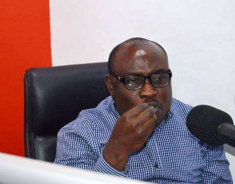 """VIDEO: """"Drunk"""" NDC's Kwaku Boahen dragged out of radio station"""