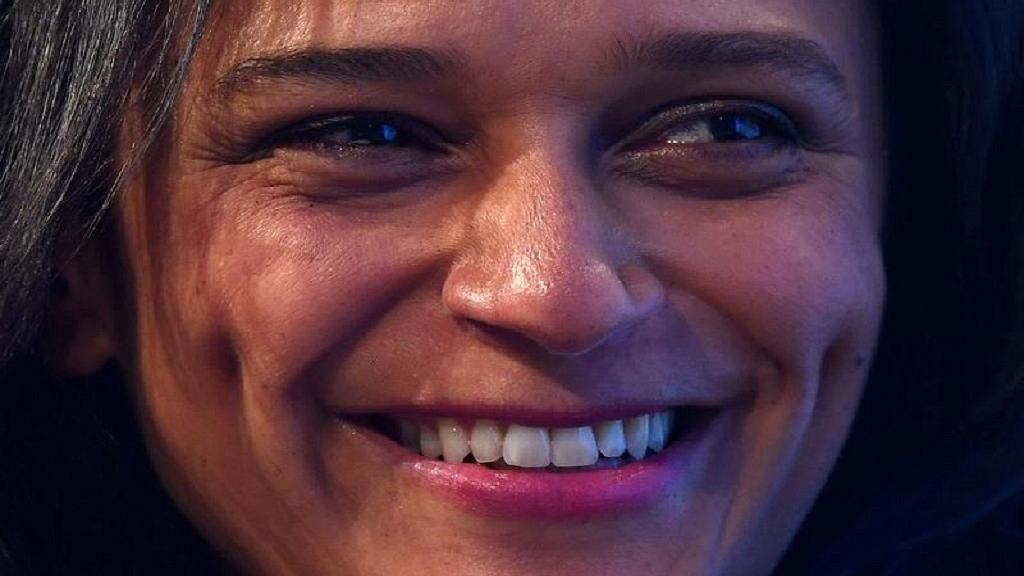 Angolan president sacks Isabel dos Santos as head of the national oil company