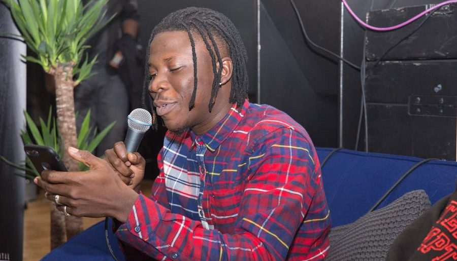 Stonebwoy fires shots to fight Zylofon's Bulldog over his car