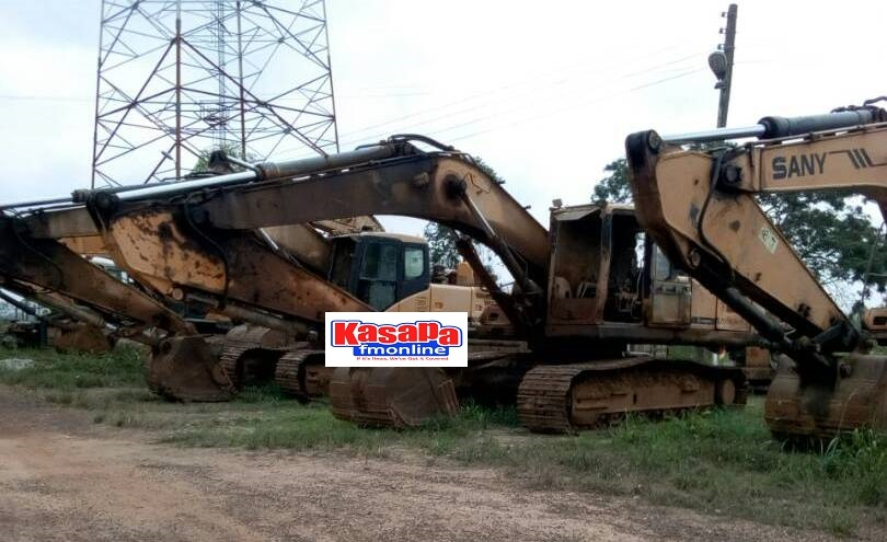 A/R: 9 excavators impounded at Amansie Central, miners arrested