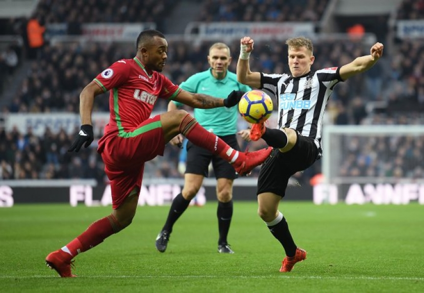 Jordan Ayew scores as Swansea hold Newcastle
