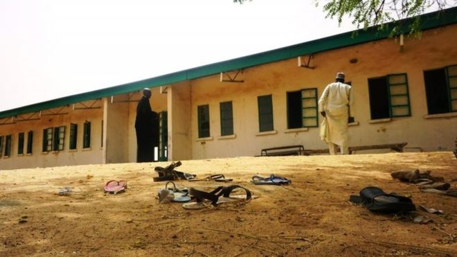 Nigeria Boko Haram: Search stepped up for 110 kidnapped schoolgirls