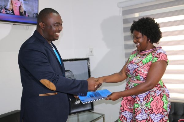 uniCredit, Ghana Association of Microfinance supports Starr Woman project