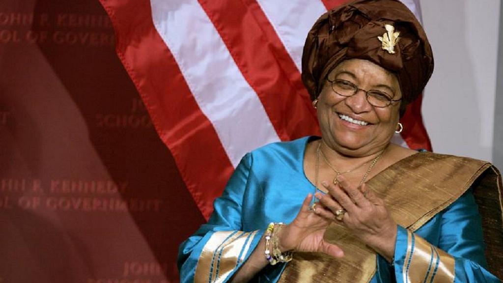 Liberia's Sirleaf receives 2017 Mo Ibrahim award in Rwanda