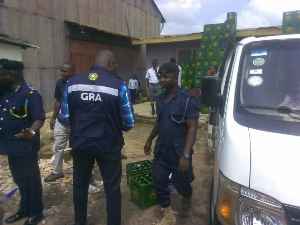 E/R: GRA raids retail shops in K'dua over tax stamp