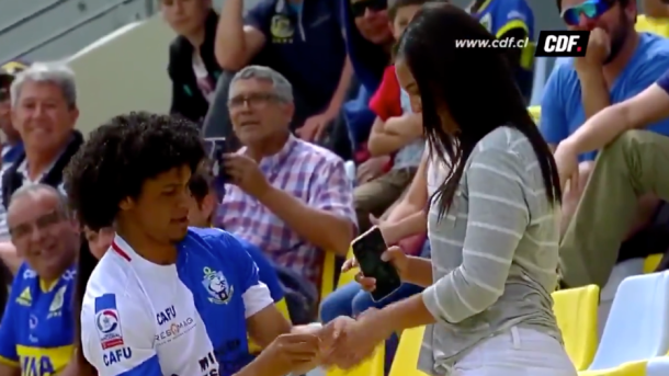 VIDEO: Player booked for proposing to girlfriend after scoring