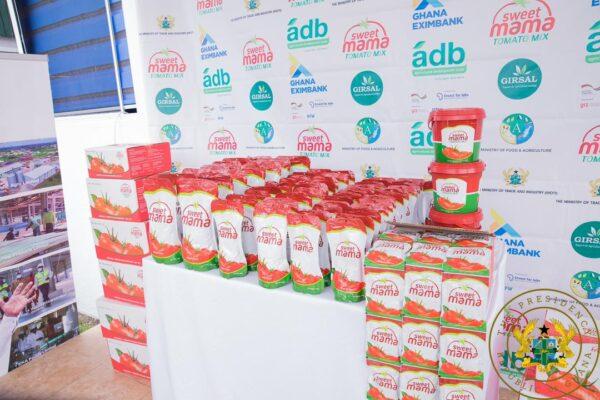 1D1F: Akufo-Addo commissions $16m tomato processing factory in Domfete. 51